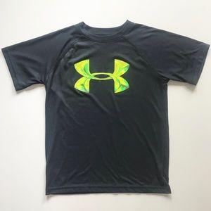 Boys Under Armour Grey Green Shirt Size Small EUC